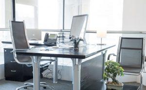 Miesto pre kancelársky stôl