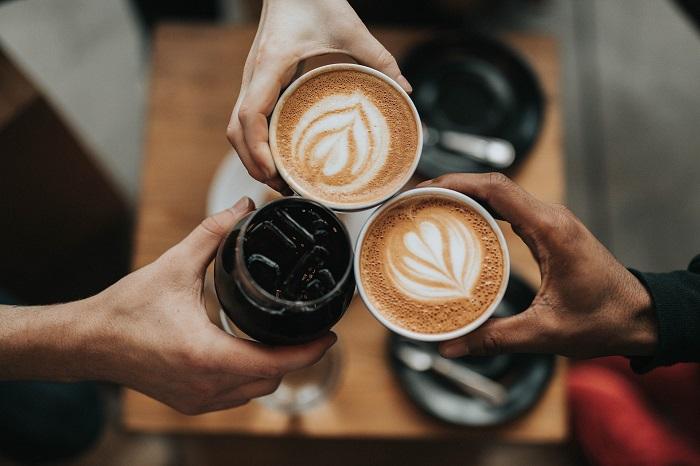 Mleta kava s mliekom